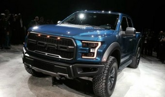 2017 F-150 Ford Raptor: Off-Road Efficient Truck Packs 450 Horsepower #FordNAIAS