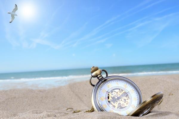 Cheap Travel: Off-Season Destination Travel Guide 2015-2016
