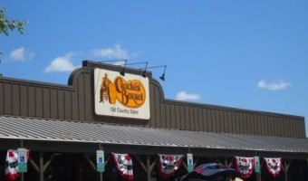 "Restaurant Review: Cracker Barrel Brings ""Down Home Cooking"" To Hungry Travelers"