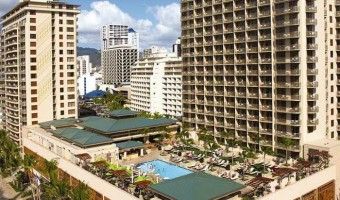 Perfect Hawaiian Vacation at Embassy Suites Waikiki: Tropical Vacation Paradise in Hawaii – What Dreams are Made Of!