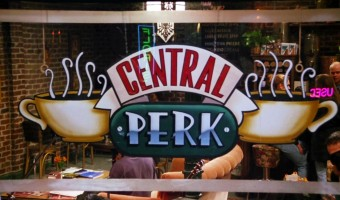 'Friends' Fans – Central Perk Coffee Shop Opening In New York