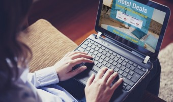 How to Spot a Bad Hotel While Booking Online  – Common Red Flags and Tips