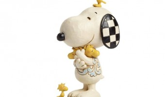 "Spring Is In The Air! Win A Peanuts ""Love Is a Beagle Hug"" Figurine By Jim Shore #Giveaway"