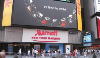 New York Marriott Marquis: Associate Came To My Rescue after Flight Cancellation – Great Hotel in a Great Location