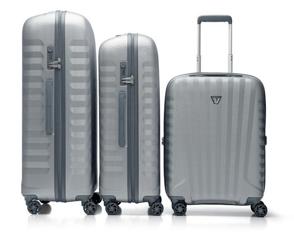 Roncato UNO ZSL - The Cabin Upright 4-Wheel Carry-on For All Your Travel Needs – Travel In Style!