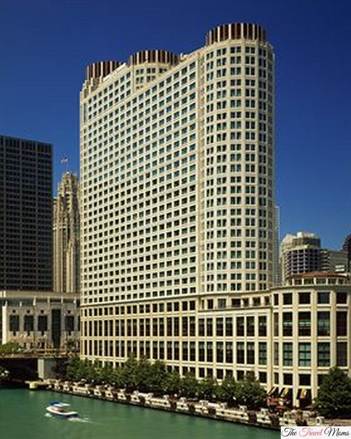 Hotel review sheraton chicago hotel towers great for Nice hotels downtown chicago