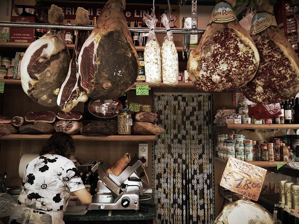 A Rome Vacation with a Difference: Live & Eat Like an Italian - Enjoy Testaccio Neighborhood