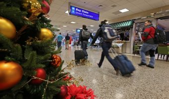 Tips to Save Money Traveling During the Holidays