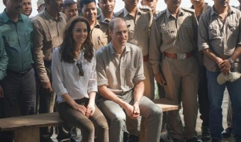 Kate Middleton and Prince William's Trip to India – Duchess of Cambridge Comforts Wills #RoyalVisitIndia