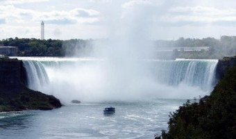 "Niagara Falls USA ""Maid of the Mist"" Boat Ride – The Best Way To Experience The Falls"